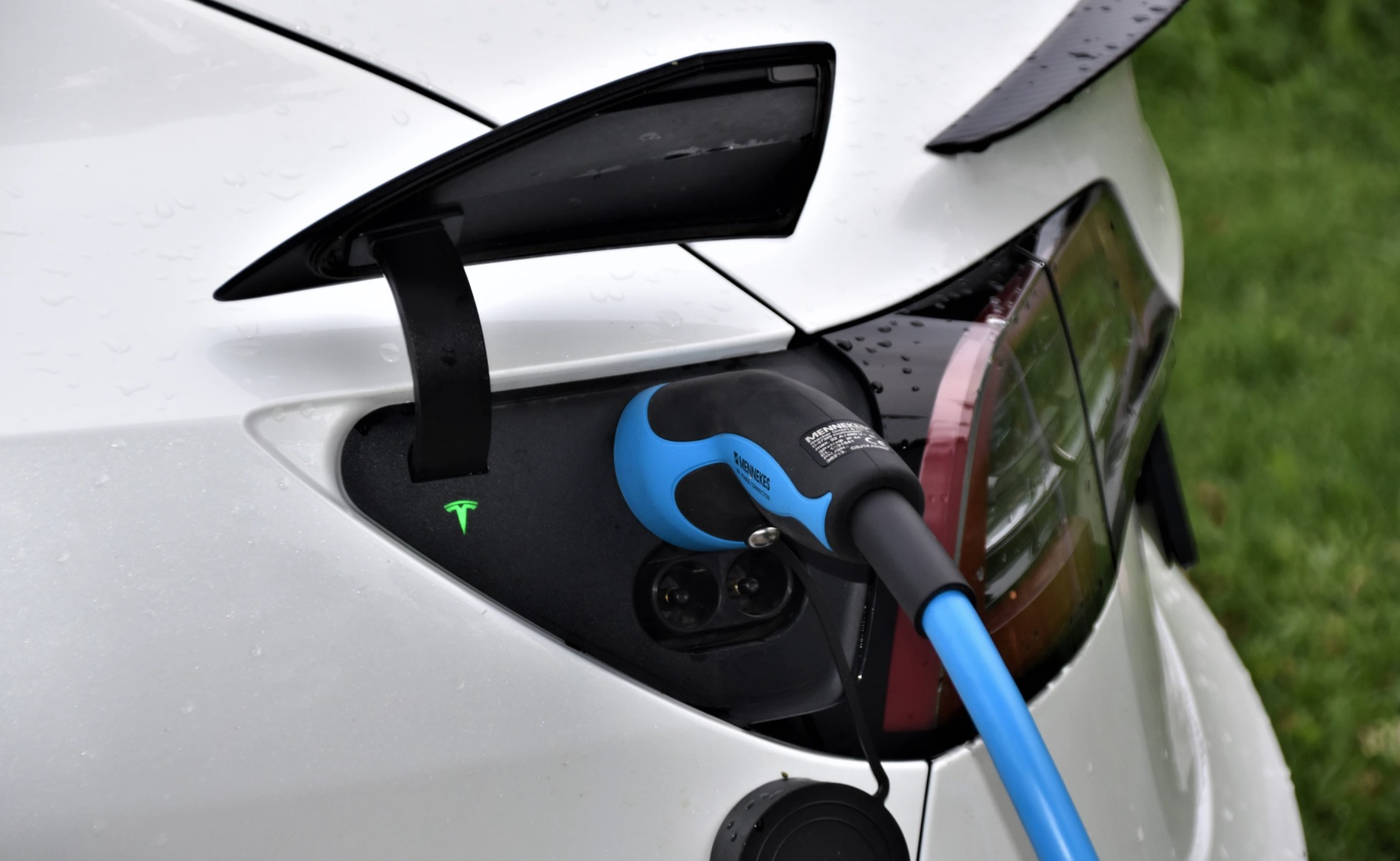 Tesla opens Chengdu-Lhasa charging route, allowing Chinese car owners to drive into Lhasa-cnTechPost