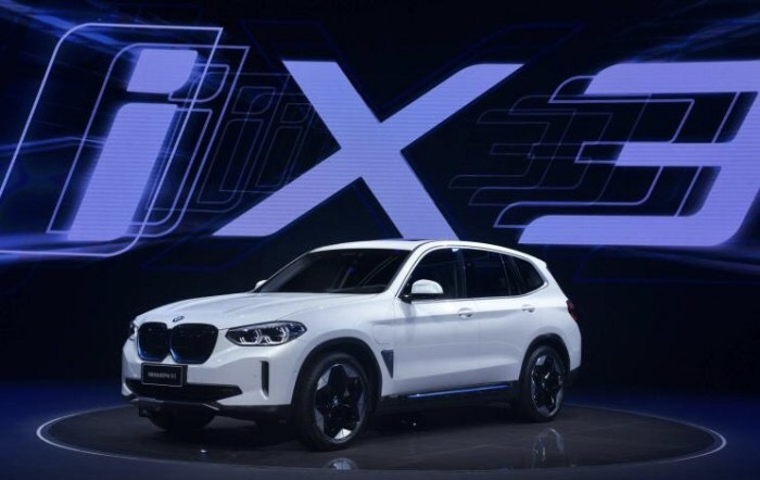 BMW takes on Tesla, NIO in China, launches its first all-electric SUV - BMW iX3-CnEVPost
