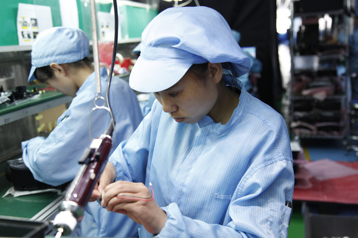 Foxconn can't even recruit enough workers with extra 10,000 yuan bonus on eve of iPhone 12's sale-cnTechPost