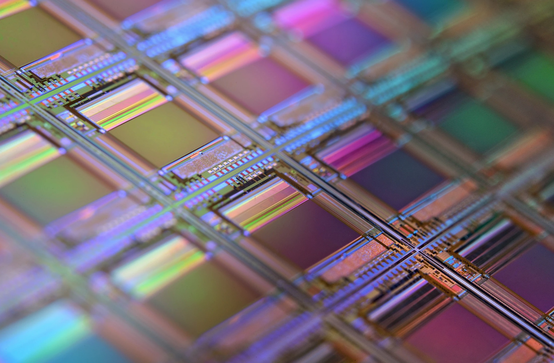 SMIC plans to expand production of 10,000 wafers on its mature 12-inch line this year-CnTechPost
