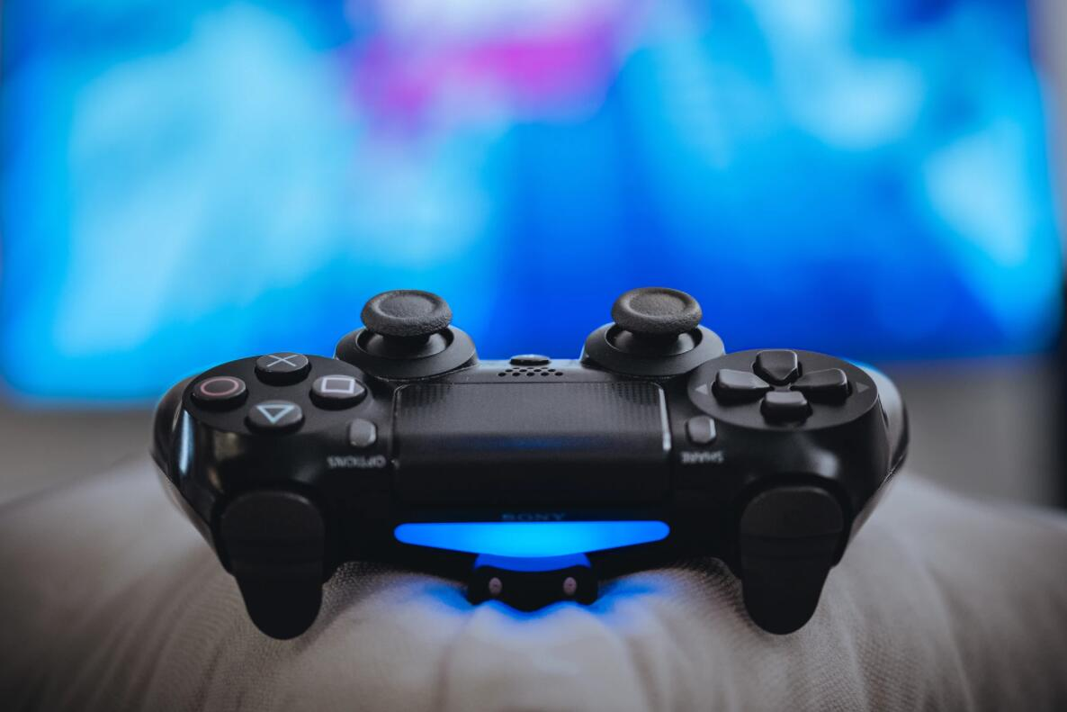 Chinese e-commerce platforms allegedly cracking down on overseas versions of game consoles-CnTechPost